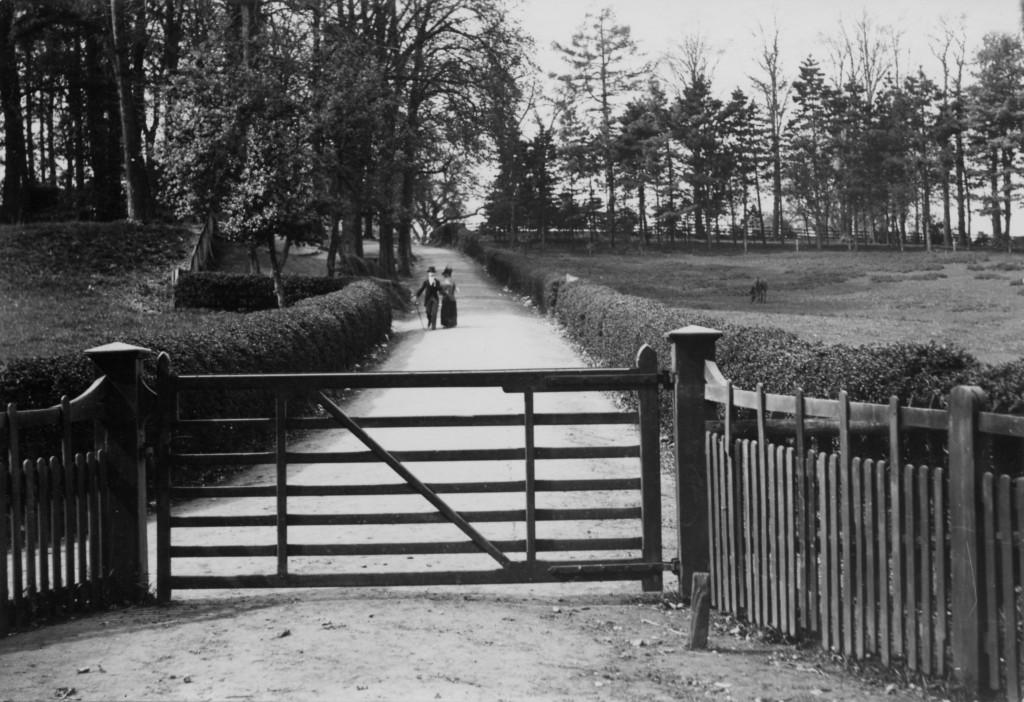 St Paul's Road East, c 1900