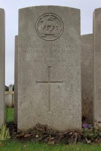 William Sydney Longhurst - Bethune Cemetery © Andy Baily 2014